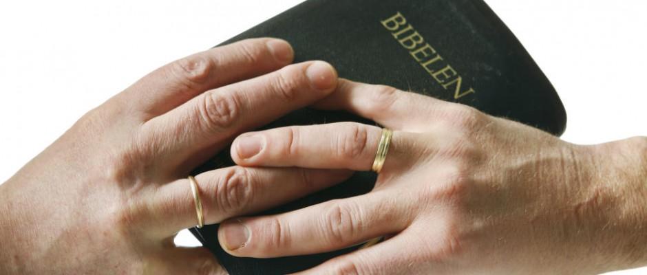 geju santuoka baznycioje